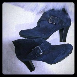 Aerosols ankle sued blue bootie size 8